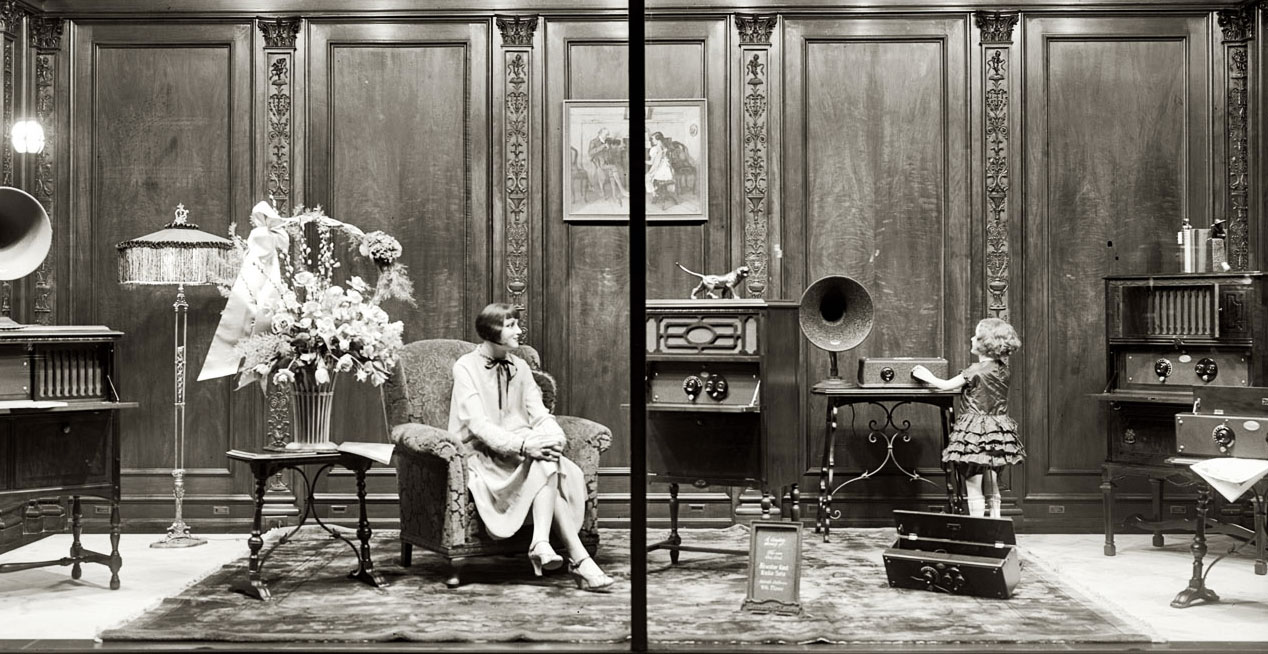 This extravagant 1928 window display for Atwater Kent radios shows the heightened realism of many mannequins following World War I. Image via the Library of Congress.