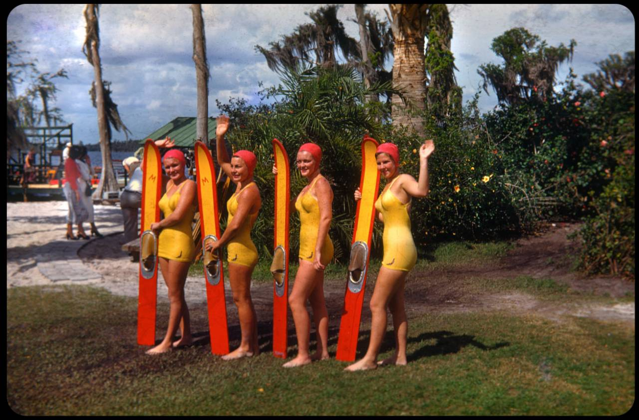 Aquamaids, Cypress Gardens, posing after a show Cypress Gardens has been operating for 6 years at this point. The skis are very crude, even by the 1950s standards. This is also before the familiar logo that appears on the mid-century models.