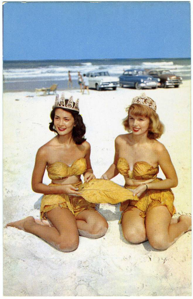 Florida postcard saucy 1950 1960s Bettie Page pin-up