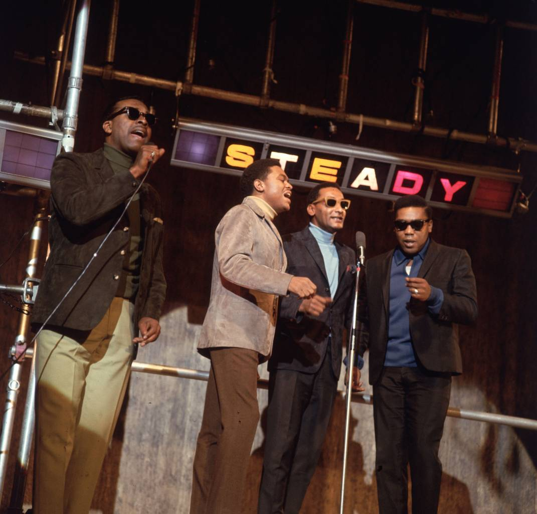 17th November 1966: Motown group The Four Tops perform their hit single 'Standing in the Shadows of Love' on the British television programme 'Ready Steady Go'. (Photo by BIPS/Getty Images)