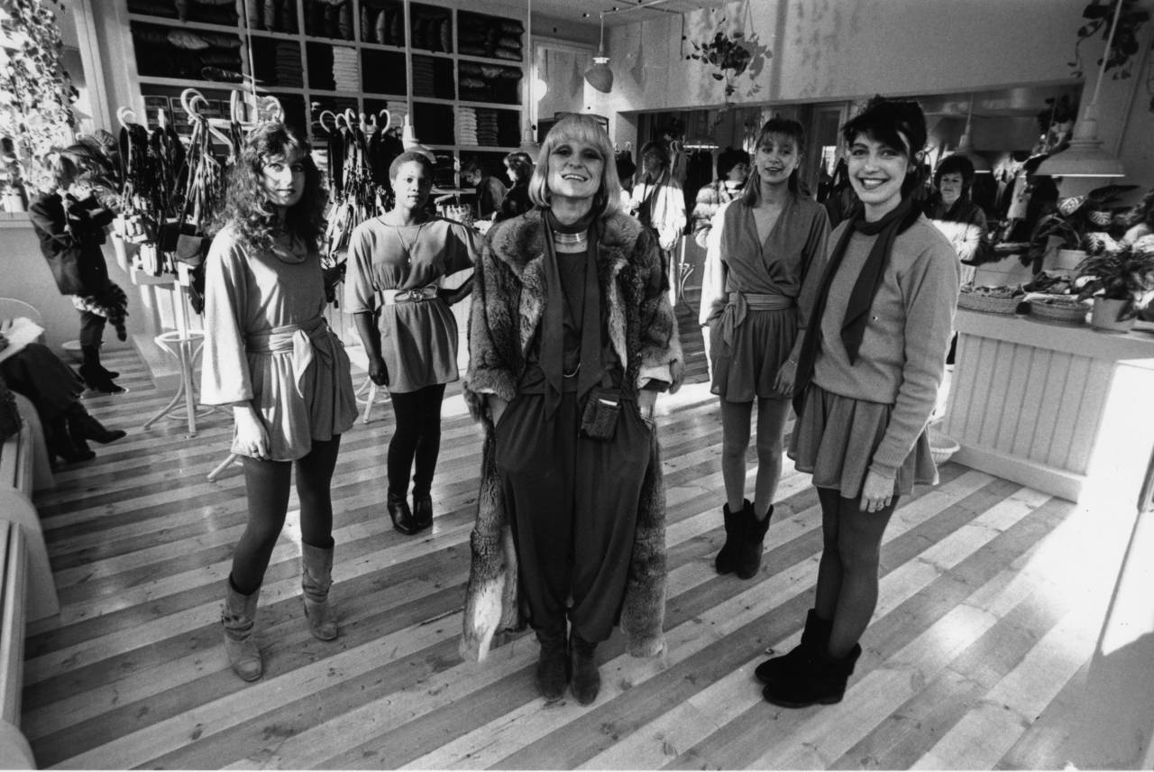 11th November 1980: British fashion designer and entrepreneur, Barbara Hulanicki at the opening of her new 'Biba' shop in Holland Park, London. (Photo by Clarke/Evening Standard/Getty Images)