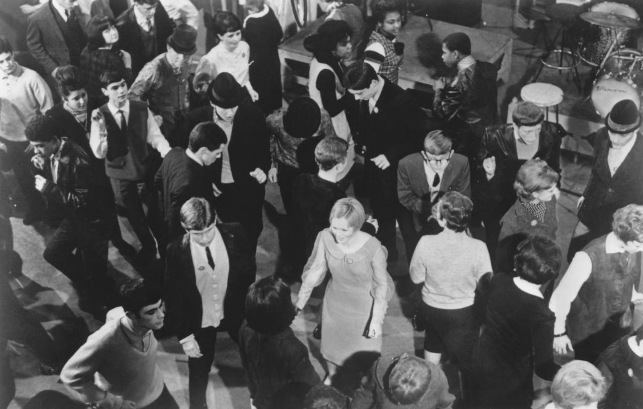 Young mods dancing during a recording of the British pop music TV programme 'Ready Steady Go!' at the Rediffusion studios in Kingsway, London, May 1964. (Photo by Keystone Features/Hulton Archive/Getty Images)