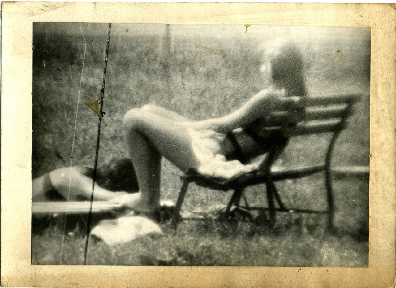 Miroslav Tichý sunbathing girls