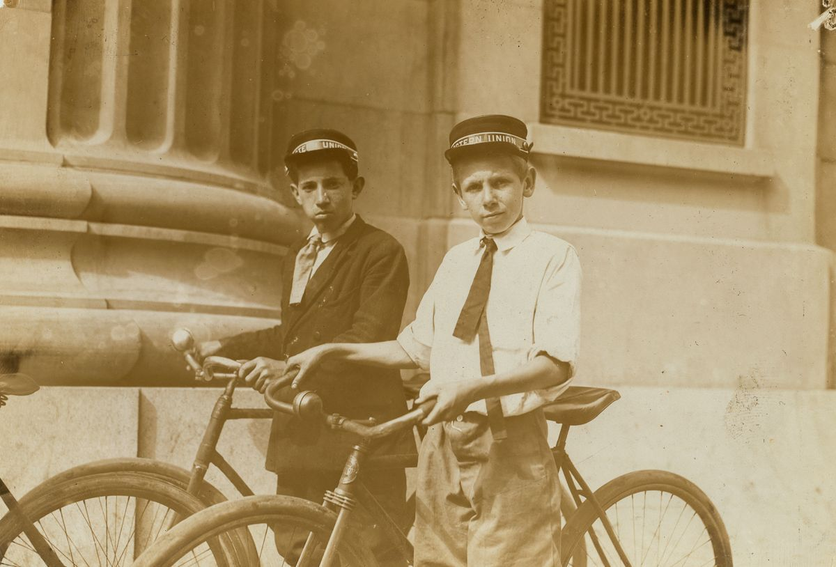 "June 1911 ""Hodges Gallop, Western Union Messenger No. 16, Norfolk, Va.... Been working here one month. He, and several other young boys, work until 10:30 P.M."""