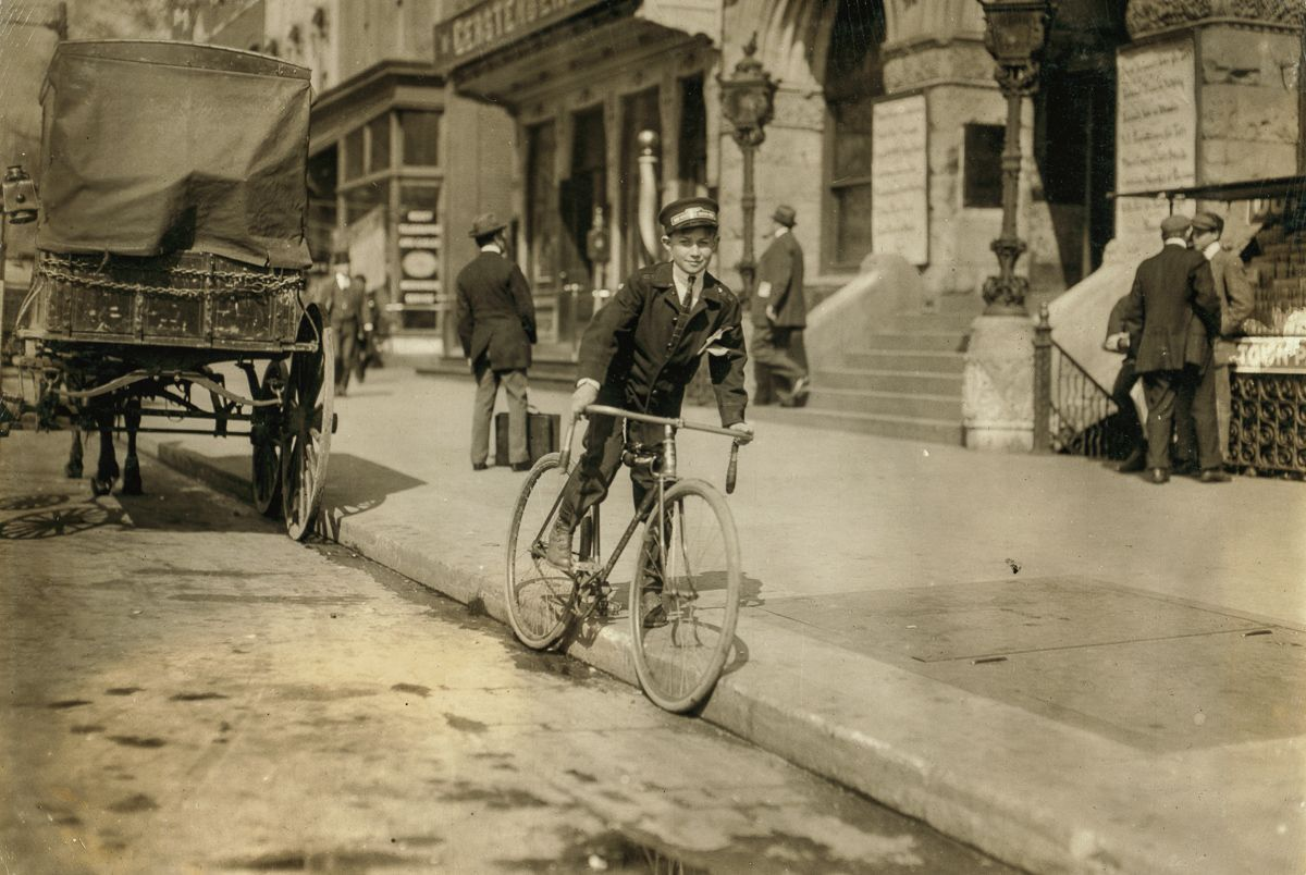 """April 1912 """"Wilbur H. Woodward, Washington, D.C., Western Union messenger 236, one of the youngsters on the border-line, (15 yrs. old) works until 8 P.M. only."""""""