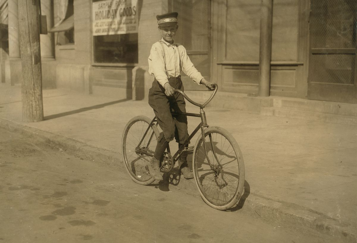 "November 1913 ""Fourteen year old messenger #2 Western Union, Shreveport. Says he goes to the Red Light district all the time."""