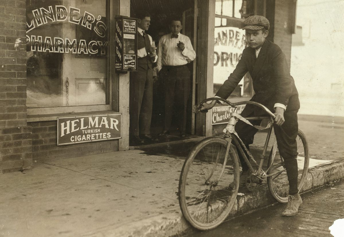 "October 1913 ""Fifteen year old delivery boy for Linders Drug Store.... He works from 8 A.M. to 8 P.M. Location: Dallas, Texas."""