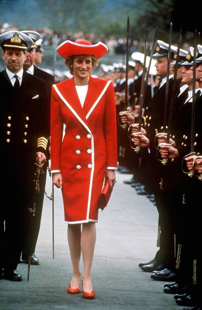 Mandatory Credit: Photo by REX/Shutterstock (156964a) Princess Diana Princess Diana at Dartmouth Naval College, Devon, Britain - Apr 1989