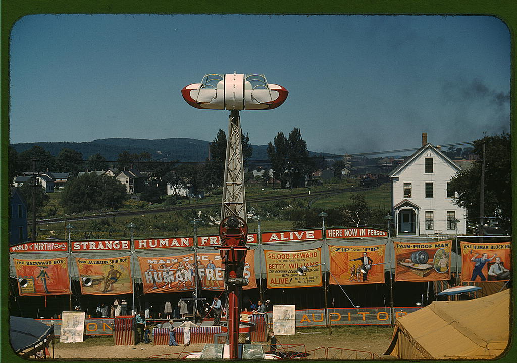 A sideshow at the Rutland Fair, Rutland, Vermont] Creator(s): Delano, Jack, photographer Date Created/Published: [1941 Sept.]