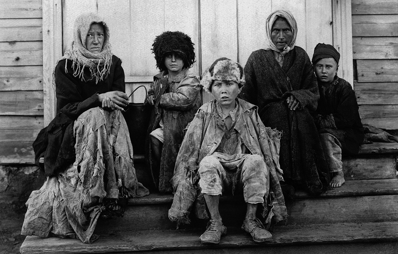 Starving Volga Date: January 1921