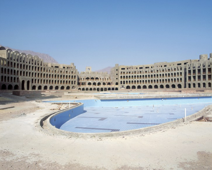 Egypt hotels abandoned Sinai
