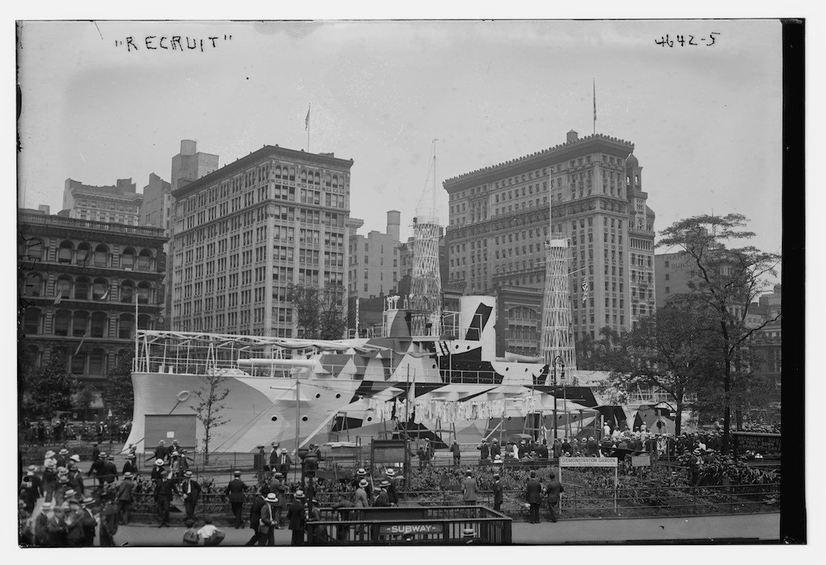 1917-1920 Union Square Building the USS Recruit New York City