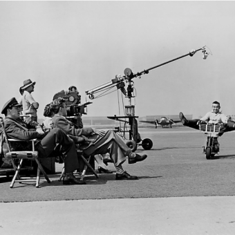 Twenty-One Behind the Scenes Shots of Classic Hollywood Movies
