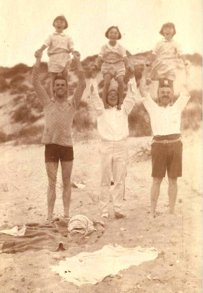 Standing on shoulders at Eccles on Sea, Norfolk, in August 1928.