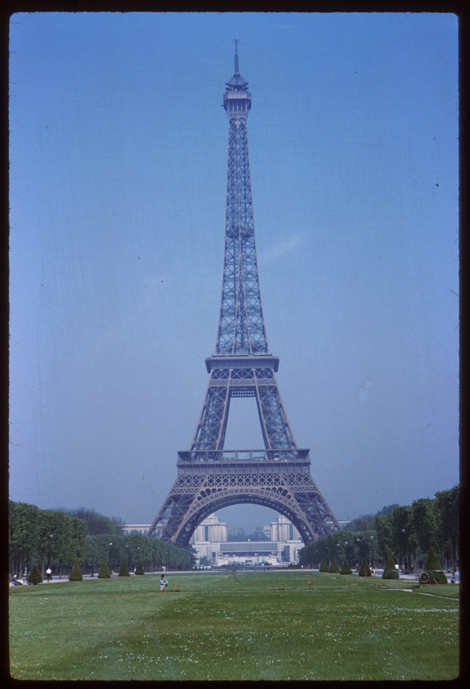 May 10, 1960. Eiffel Tower