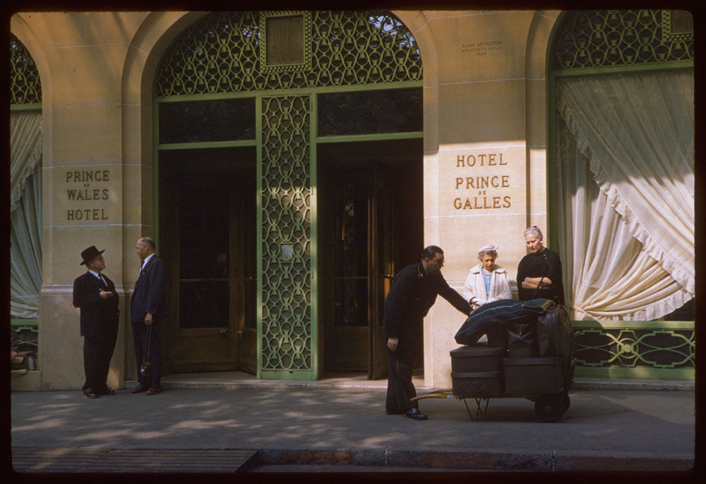 May 10, 1960. Hotel Prince de Galles Paris