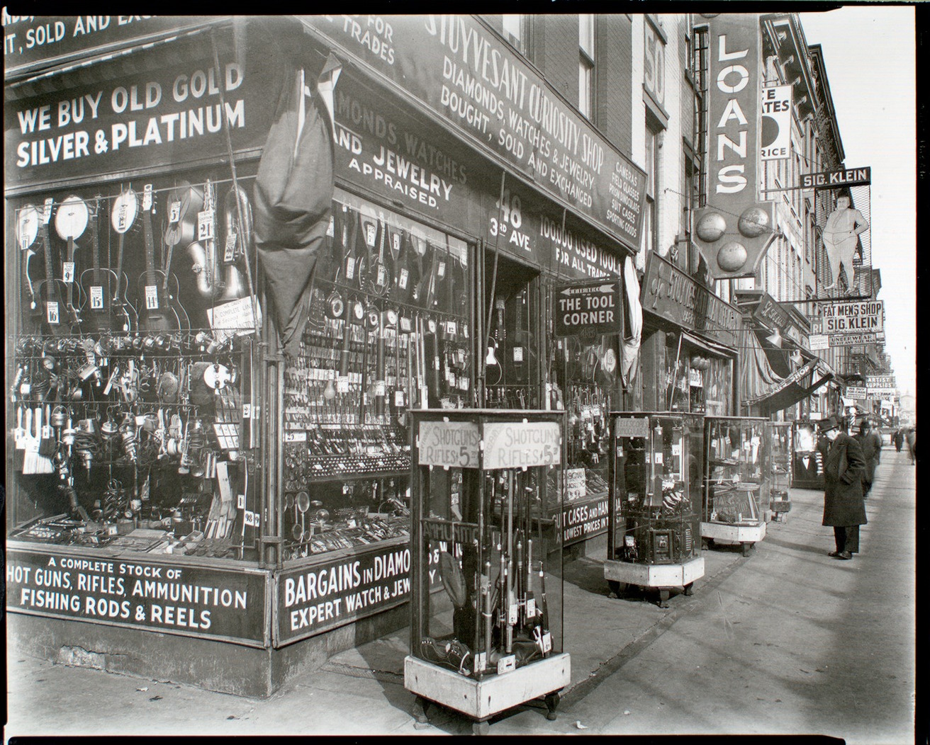 Berenice Abbott S New York Stores 1930s Flashbak
