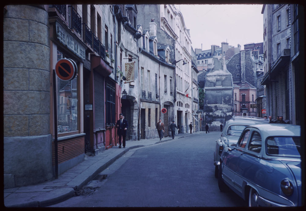 May 10, 1960. Rue Chanoinesse