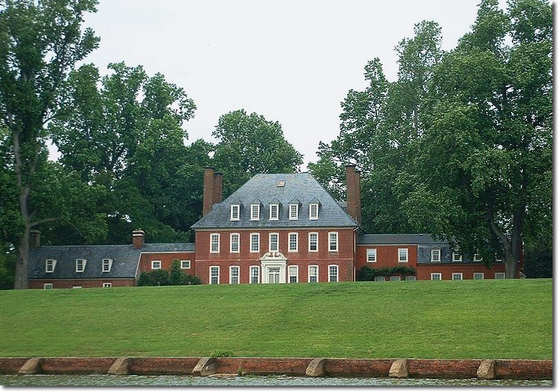 Westover House beside the James River, Virginia