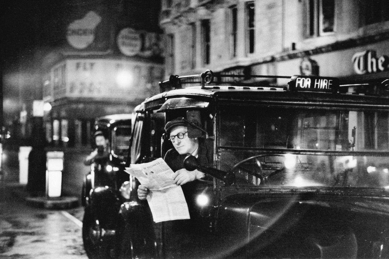 Bert Hardy, Piccadilly, 1953