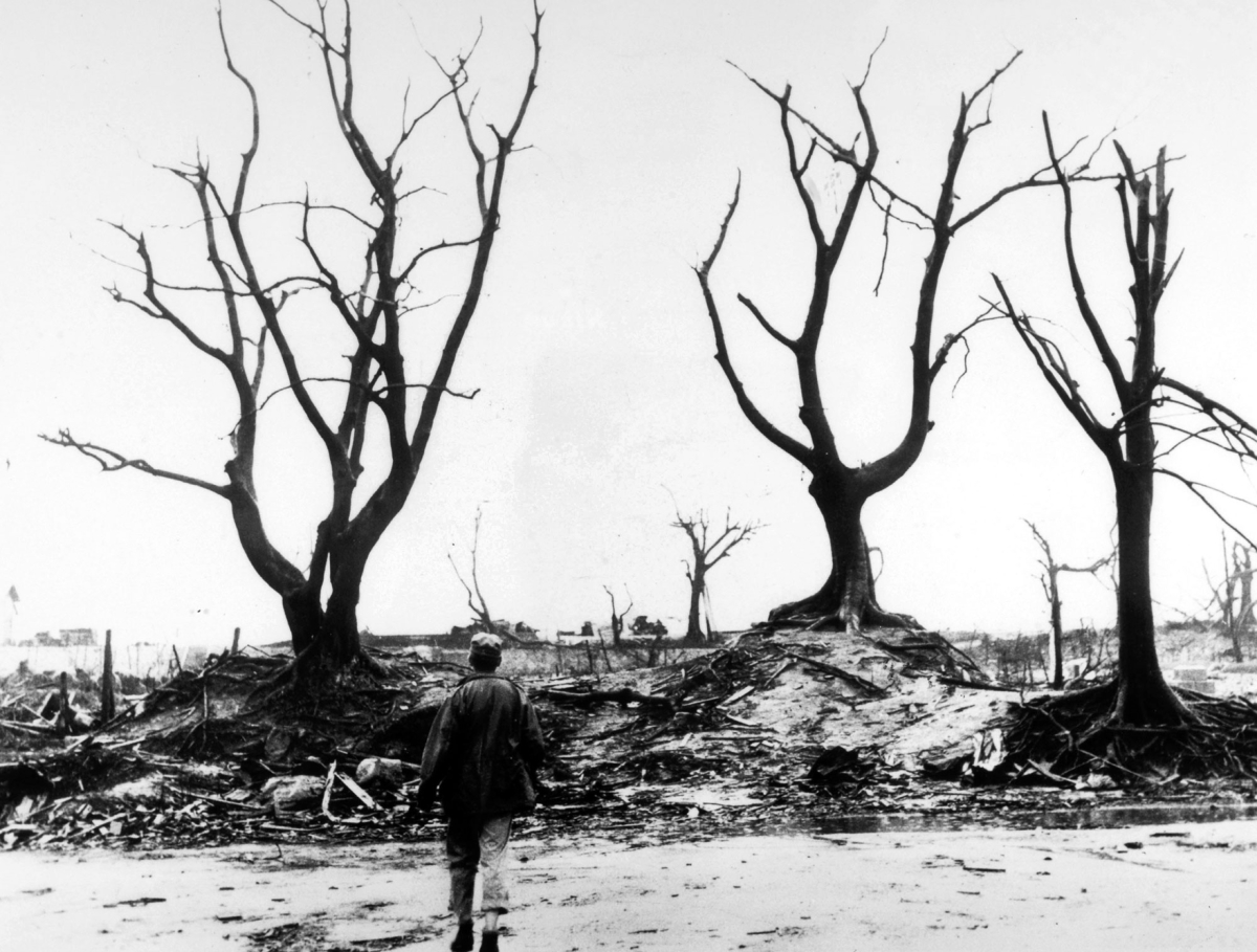 A hundred thousand people were killed by the atomic bomb. Survivors wonder why they lived when so many others died.