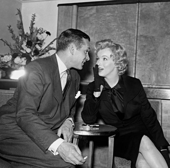 Laurence Olivier and Marilyn Monroe at Savoy 1956
