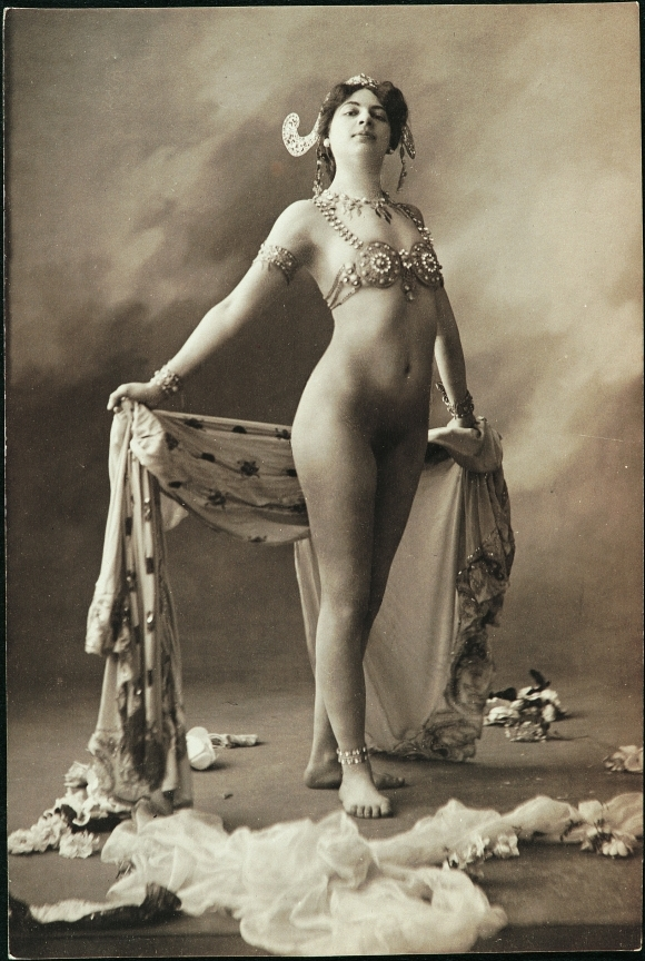 Mata Hari naked sexy nude colored photograph postcard