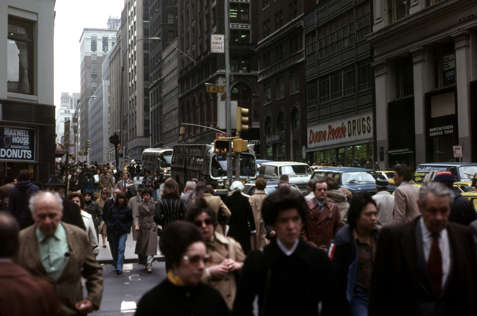 New York City 1979 - busy street with lots of people