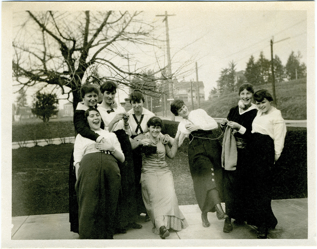 Photograph of women, most likely in a knitting circle, ca. 1914.