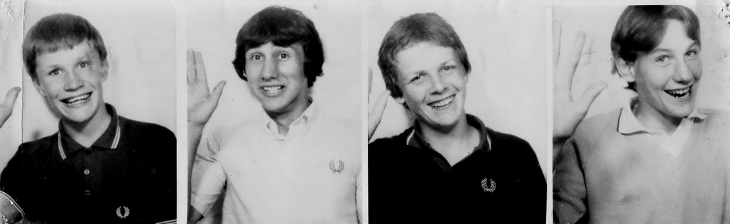 RUSS, MARK ,PETE & GRAEME. ALL WAVING & ALL BUT ONE, IN FRED PERRY. SUMMER 1980
