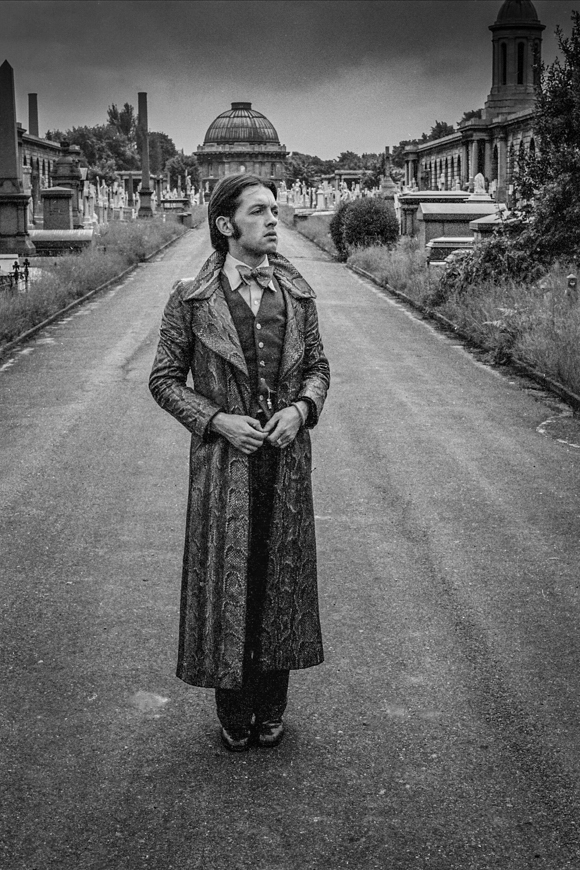 Worth in Ossie Clark snakeskin coat, Brompton Cemetry, west London, 1971. Photo: © Tony Hall. No reproduction without permission