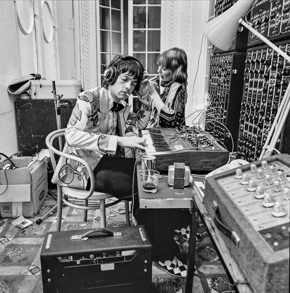 In the recording studio at Graeme Edge's apartment in Bayswater, 1971. Photo: © Tony Hall. No reproduction without permission