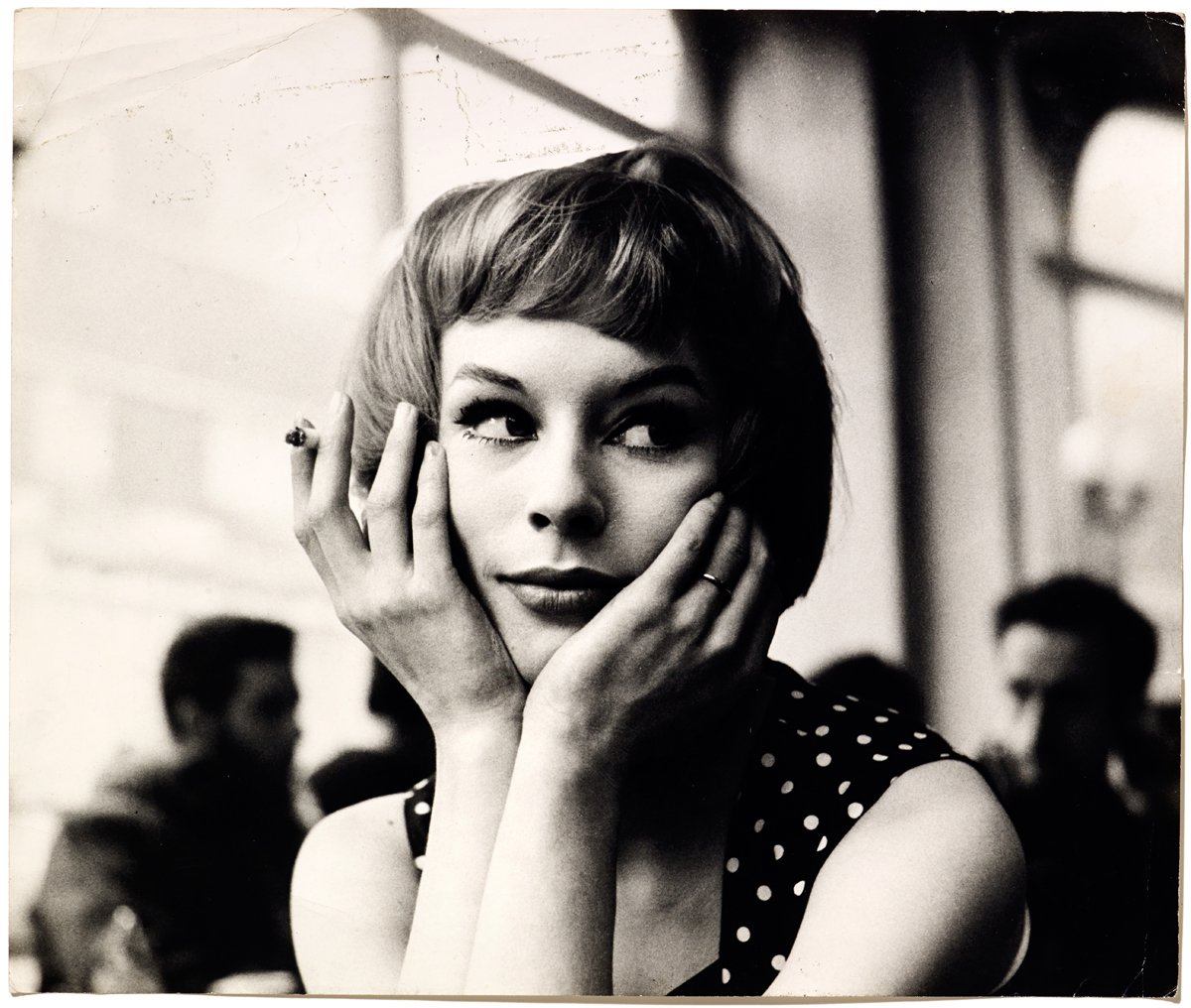 Girl In Cafe, late 1950s. (c) John Deakin, The John Deakin Archive 2013