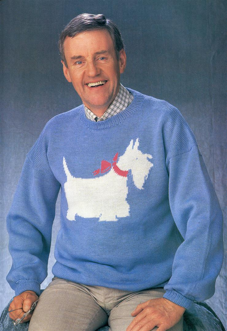 Richard Briers ugly jumpers sweaters 1980s