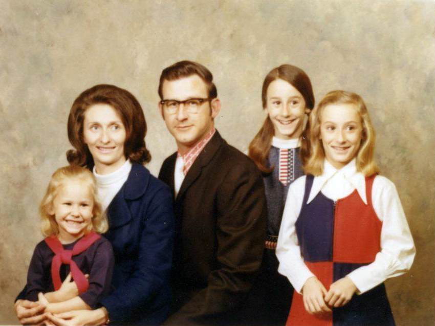 awkward-family-photograph