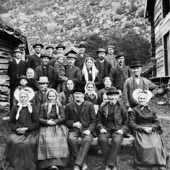 Spectacular Photographs Of Sogndal In 1900: The People Of Wild Norway