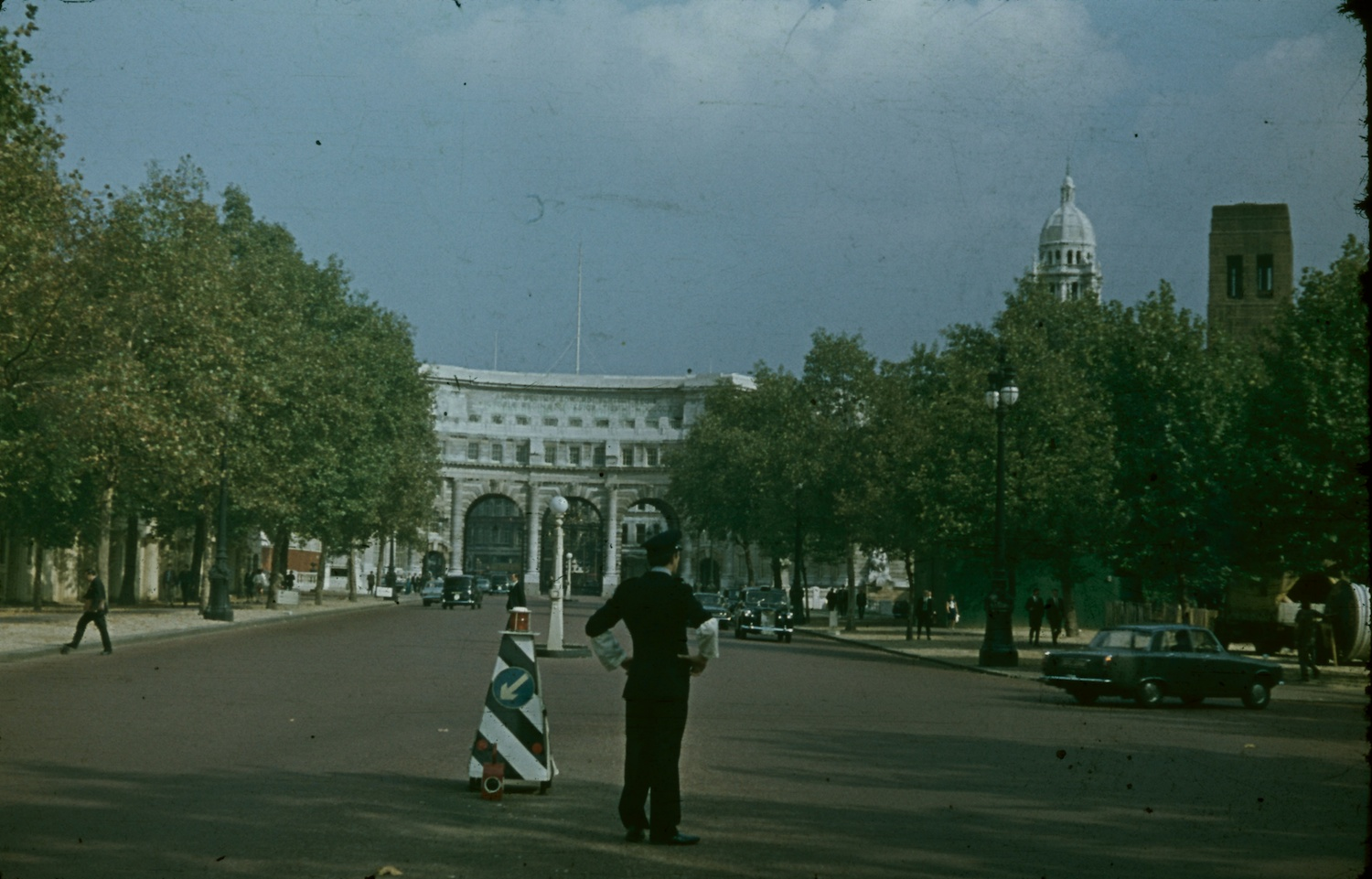 London Admiralty Arch 1970