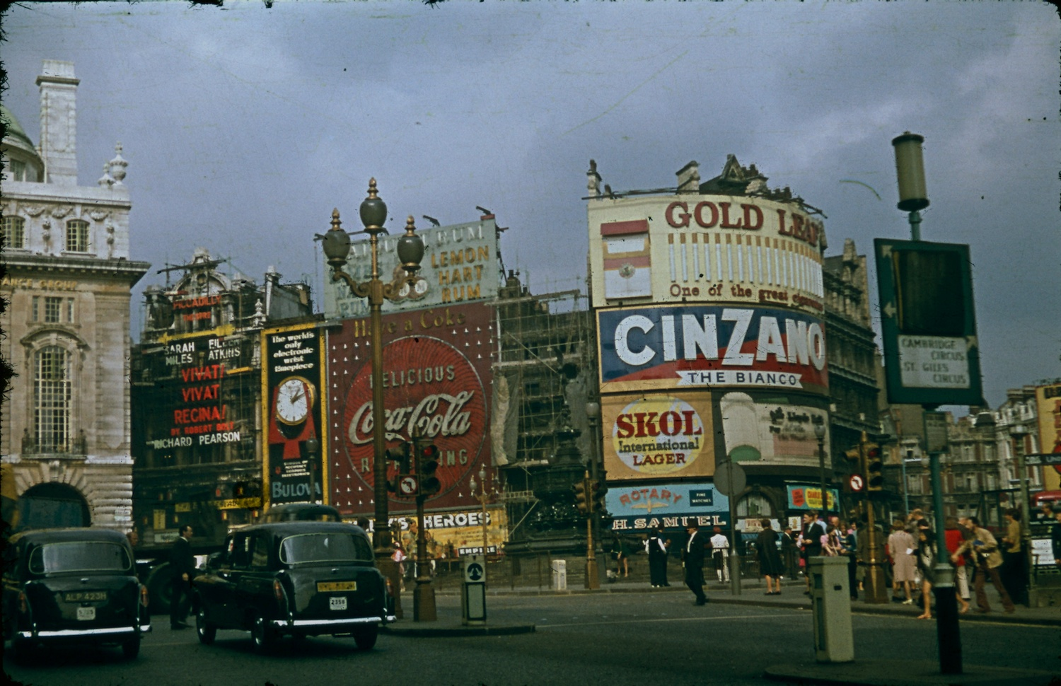 London 1970 Piccadilly Circus