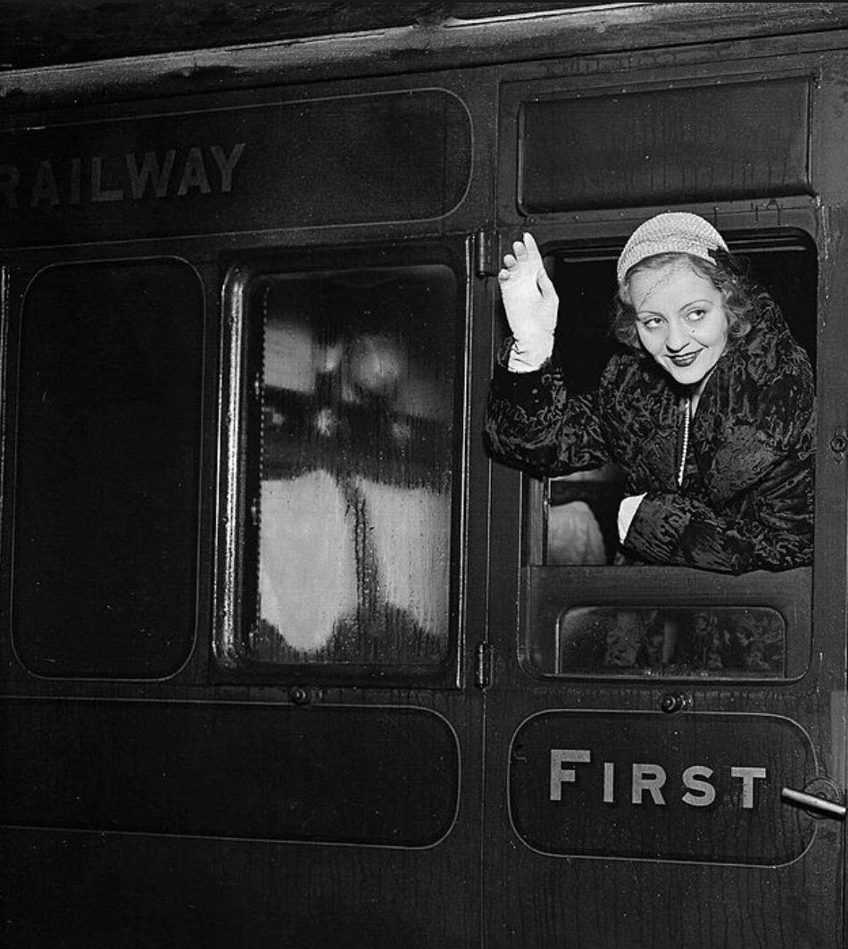 Tallulah at Waterloo on the train to Southampton, 7th January 1931