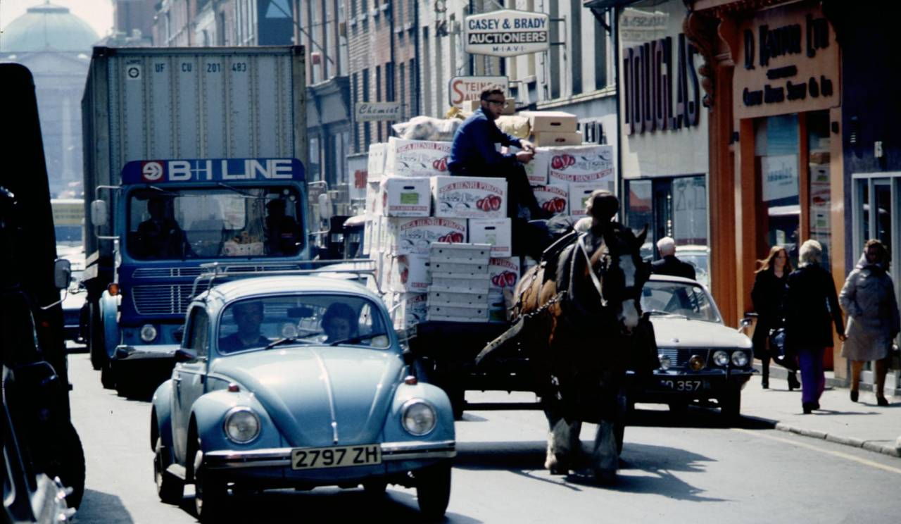 horse-drawn-fruit-heinrich-klaffs-dublin-1973