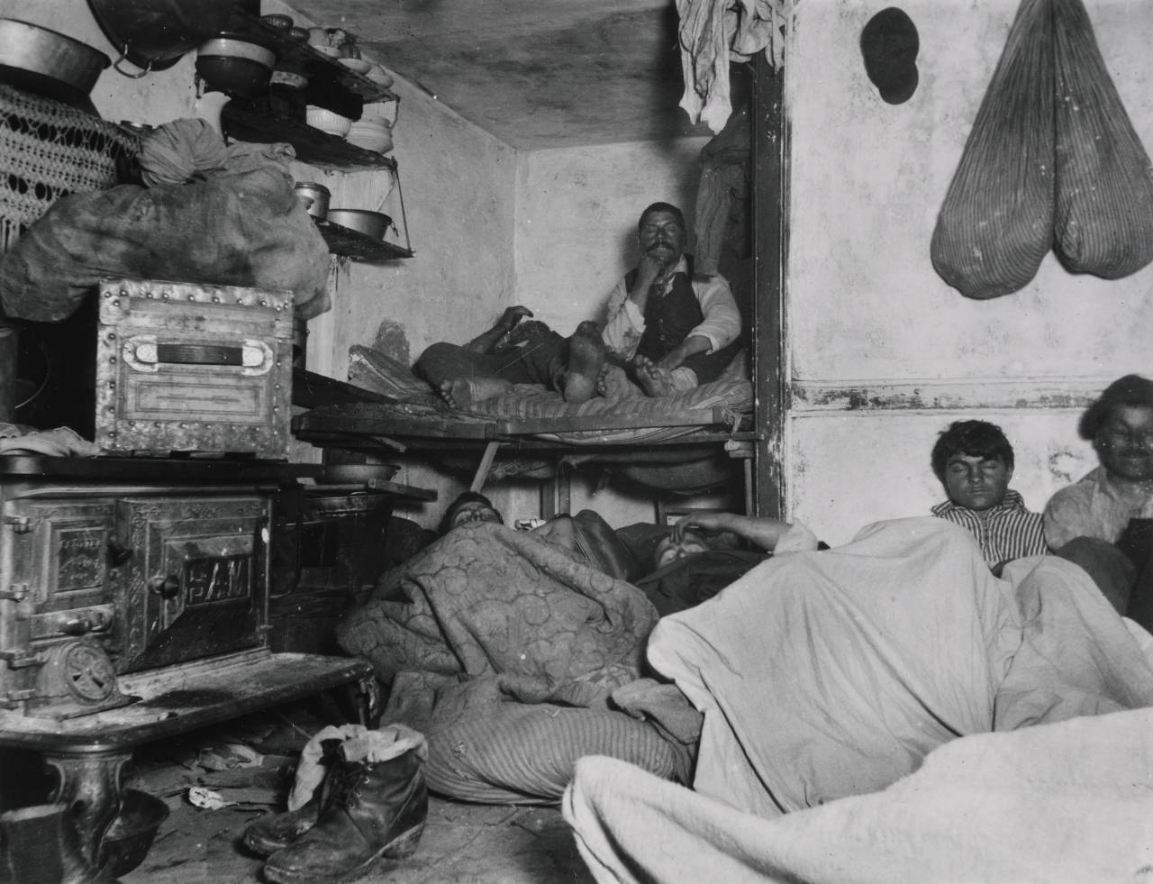 the conditions of new york citys immigrants in how the other half lives by jacob riis
