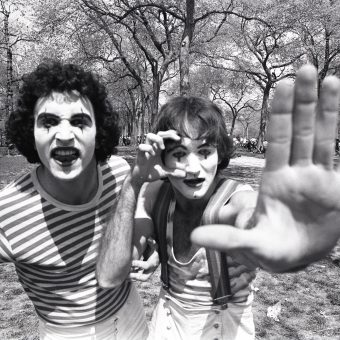 Robin Williams Miming In Central Park (1974)