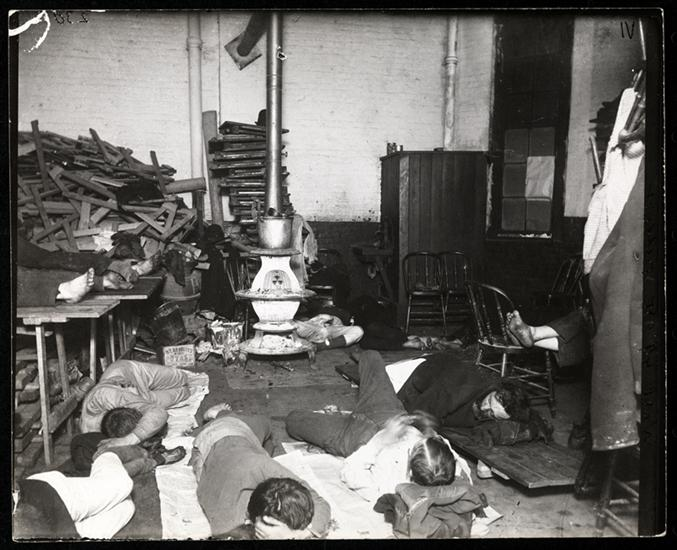 Men's lodging room in West 47th Street Station. DATE:ca. 1890