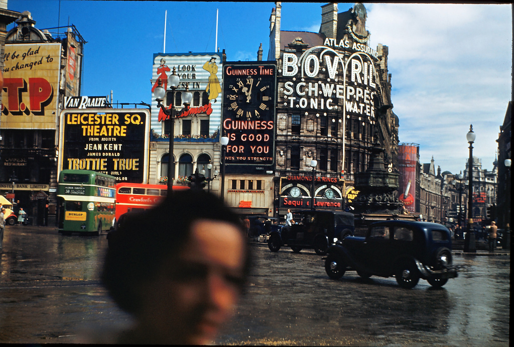 Piccadilly Circus 1949.
