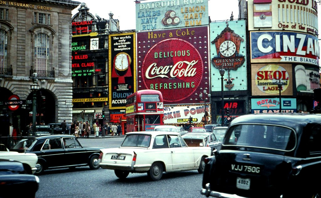 Piccadilly in 1970.