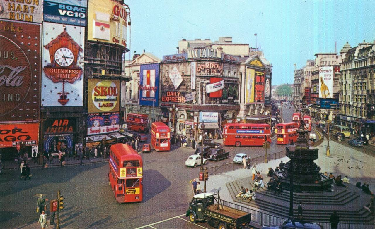 Piccadilly Circus in 1965