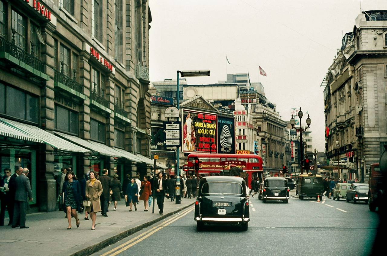 Piccadilly Circus 1967/68
