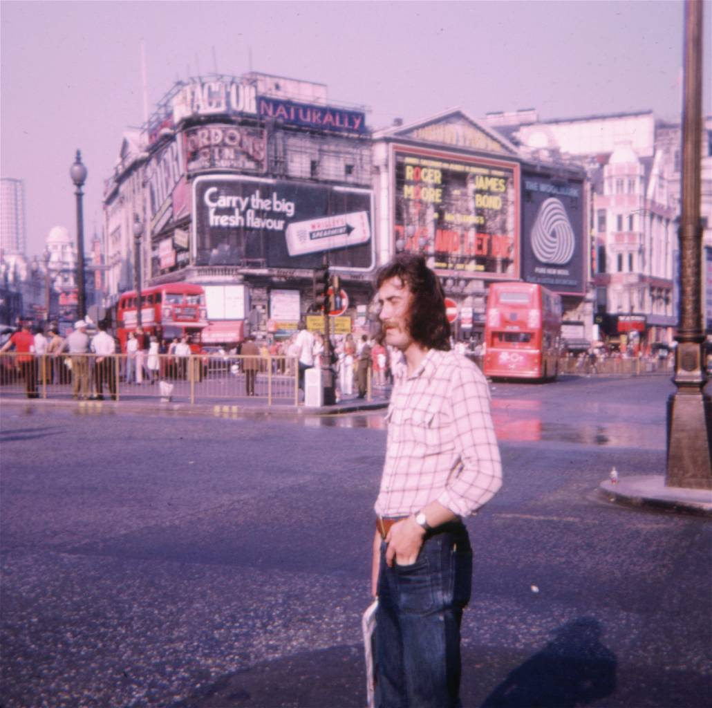 Piccadilly Circus in 1973