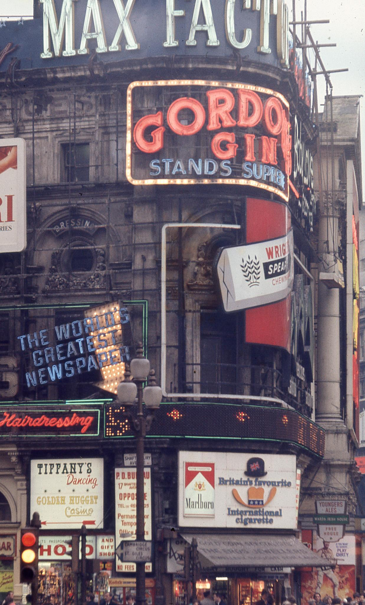 Piccadilly advertising in 1969 by Bernd Loos.