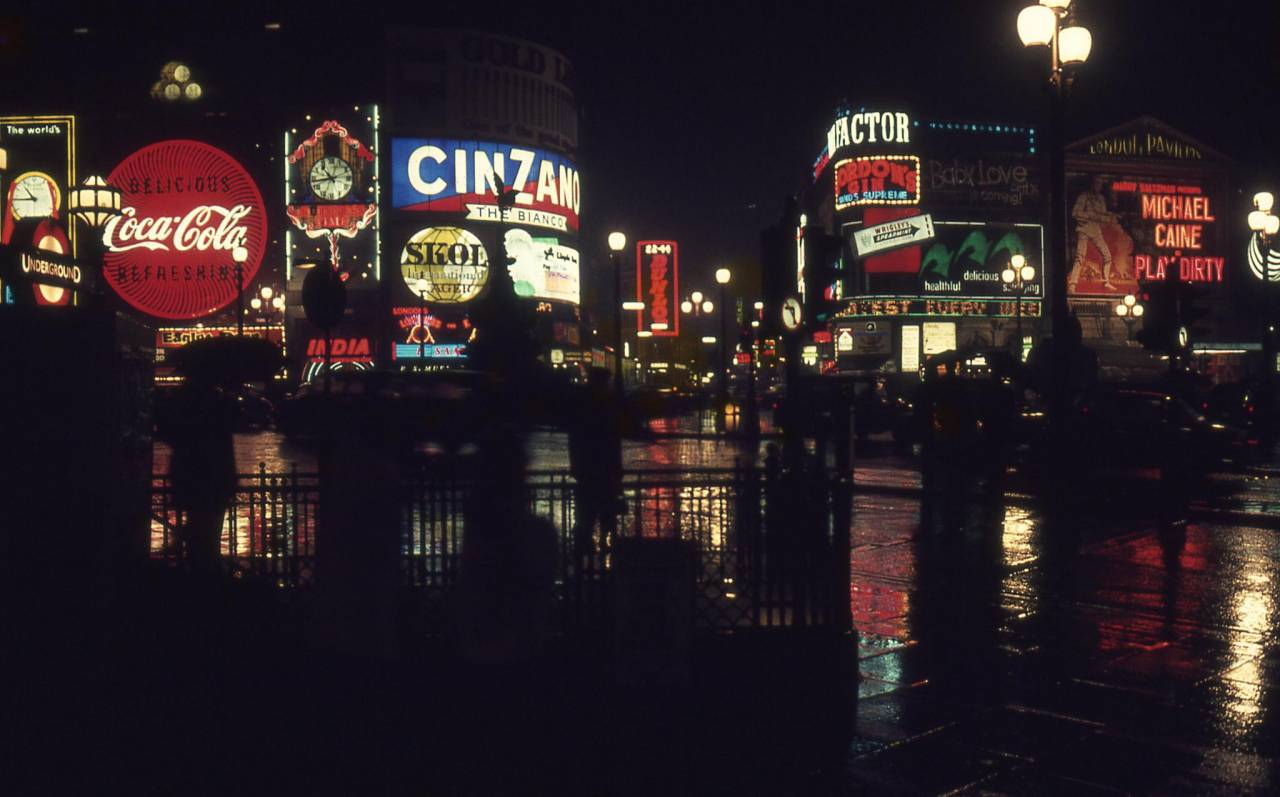 Piccadilly at night in 1969. Photo by Bernd Loos